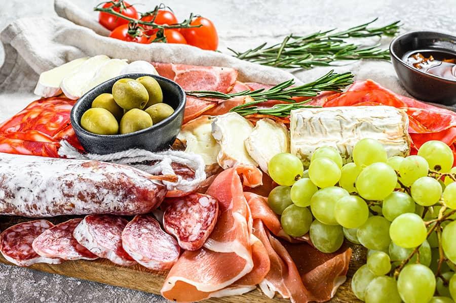 Pršut Dry Cured Ham Škripavac Farmers Cheese