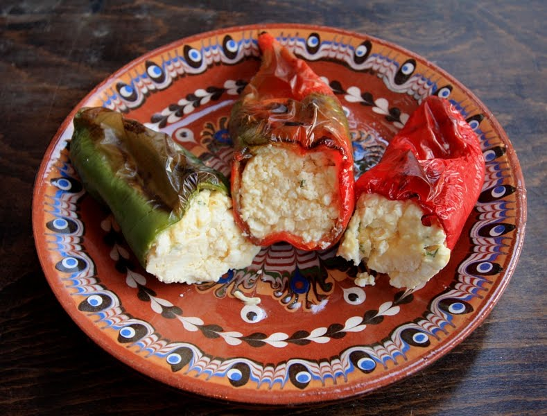 Stuffed Peppers with Eggs and Cheese 1