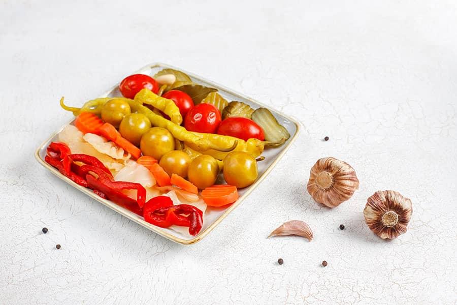 Bulgarian Pickled Vegetables Turshia