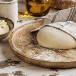 tutmanik Bulgarian Feta Cheese Bread